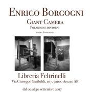 Giant Camera - Polaroid e dintorni