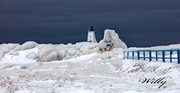 Ludington lighthouse and ice