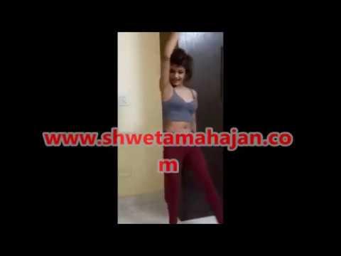 She is sizzling, gorgeous model in Delhi