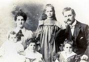 RSBlack & Family, Dec 1901
