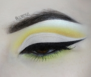 Lemon Cut Crease
