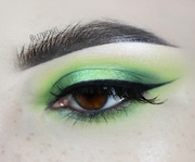 Green Halo Eyes