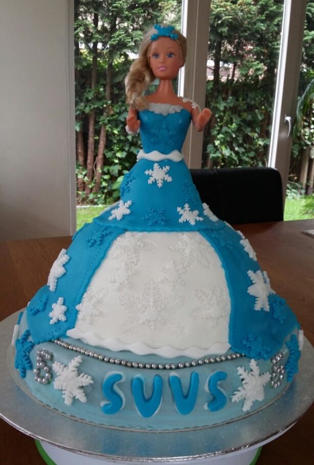 Barbie of Elsa?