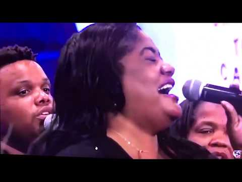 MARIE DELLA THOMAS & FAMILY @ HARVEST ARMY INTERNATIONAL CONVENTION  part 1  MOV