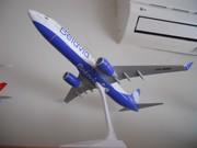 1:100 Belavia B-737-800