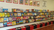 Children's £1 book shop - Tottenham Lane in good time for Christmad