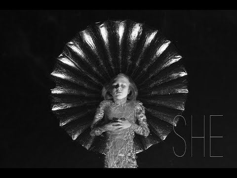 Alice Phoebe Lou - She (Official Video)