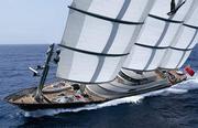 yacht-falconUSE_1401594i