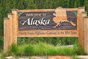 alaska-canada-border-sign_6401