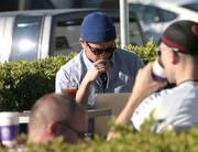 Josh Hartnett Surfs The Web At Coffee Bean