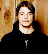 Josh Hartnett Photoshoots_1