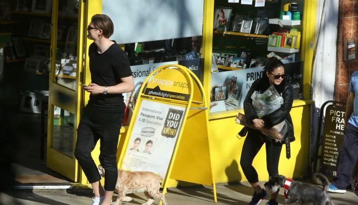 Josh Hartnett walking in London with a dog April 4th, 2017