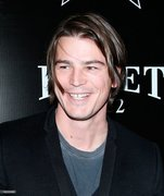 Josh Hartnett arrives at the 6th Annual Hollywood Domino Pre-Oscar Gala & Tournament-2013 #JoshHartnett