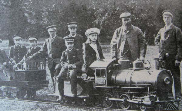 Blakesley Hall M R - early pre 1909 picture with the Cagney