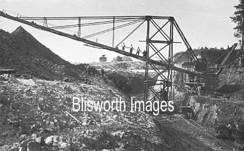 Easton Neston I W -conveyor