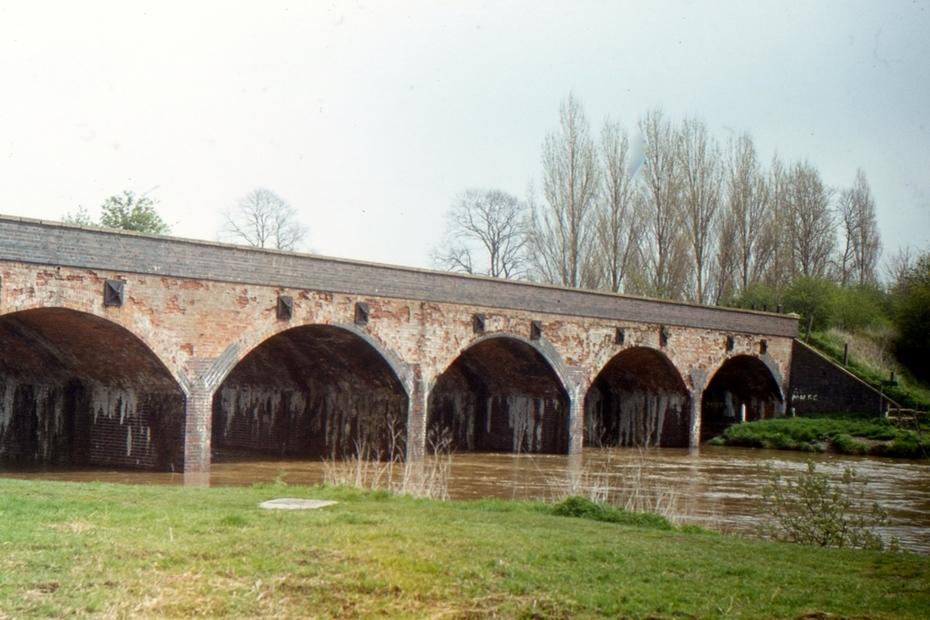 SMJ Avon viaduct, Stratford