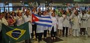Reciben con aplausos a medicos cubanos
