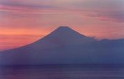 西伊豆から富士を望む