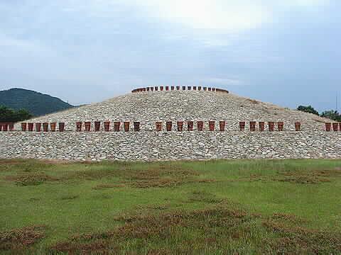 滋賀県東近江市にある「蒲生の古墳群」