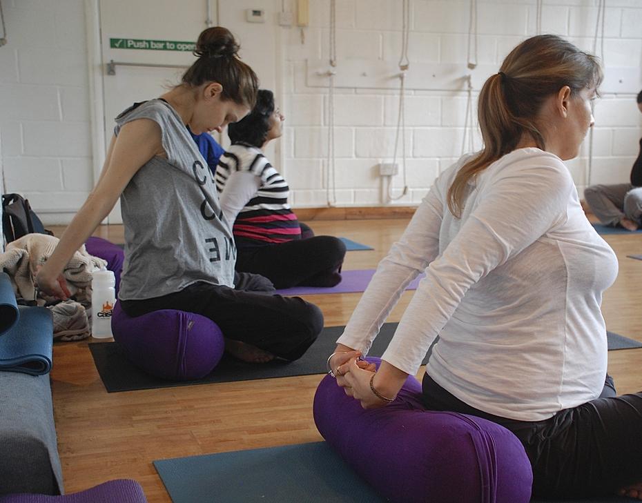 free pregnancy yoga