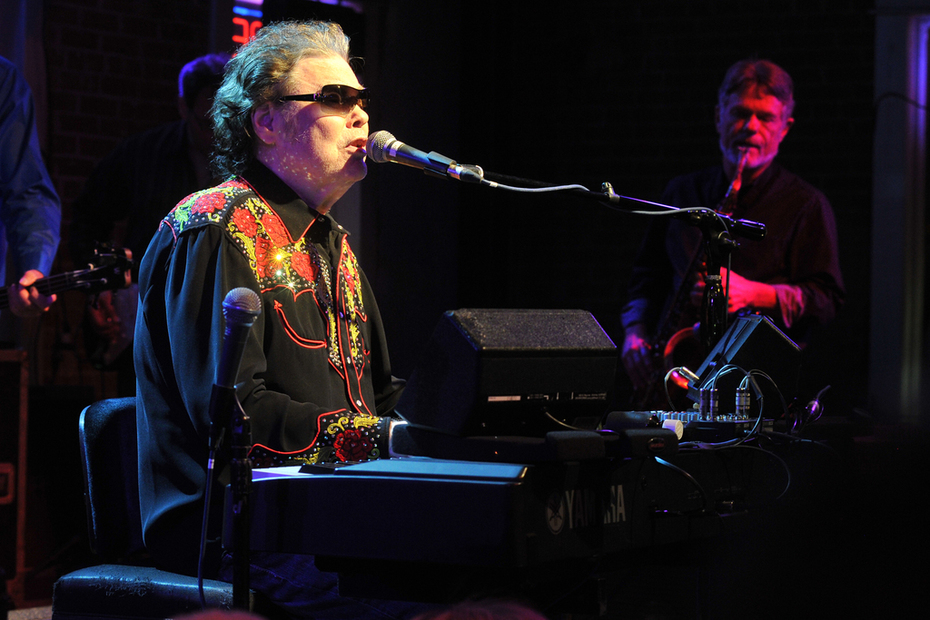 Playing Sax with Ronnie Milsap!