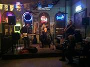 Live Performance @ Daddy Billy's