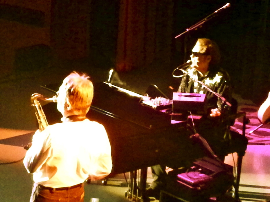 Playing sax with Ronnie Milsap LIVE!