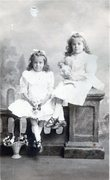 Dorothy Ruth & Evelyn Mary Cree