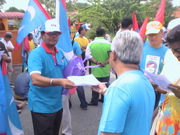 MALAYSIA BE 13 ON 20 APRIL 2013 DISTRIBUTE LIFTLETS