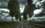 Nature_Clouds_Country_road