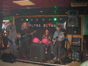 Flyng Blynd at the Pondo