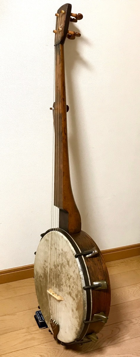 Minstrel banjo manufactured in the early days