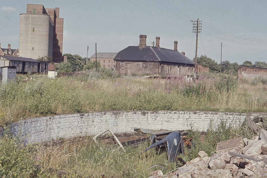 Stratford-upon-Avon SMJ engine shed area