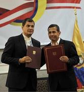 Los mandatarios de Ecuador y Perú estrechan lazos de unidad.