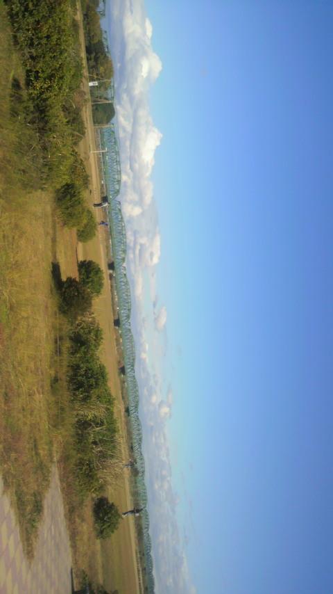 天竜川上空のクラウドマザーシップ
