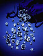 25683361_loose_diamonds
