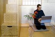 Feng Shui Expert postavil mobilní kostku s obývacím pokojem, ložnicí a čajovnu