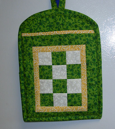 Green and White Patchwork Pot Holder