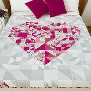 Free Geometric Heart Modern Valentine Quilt Pattern