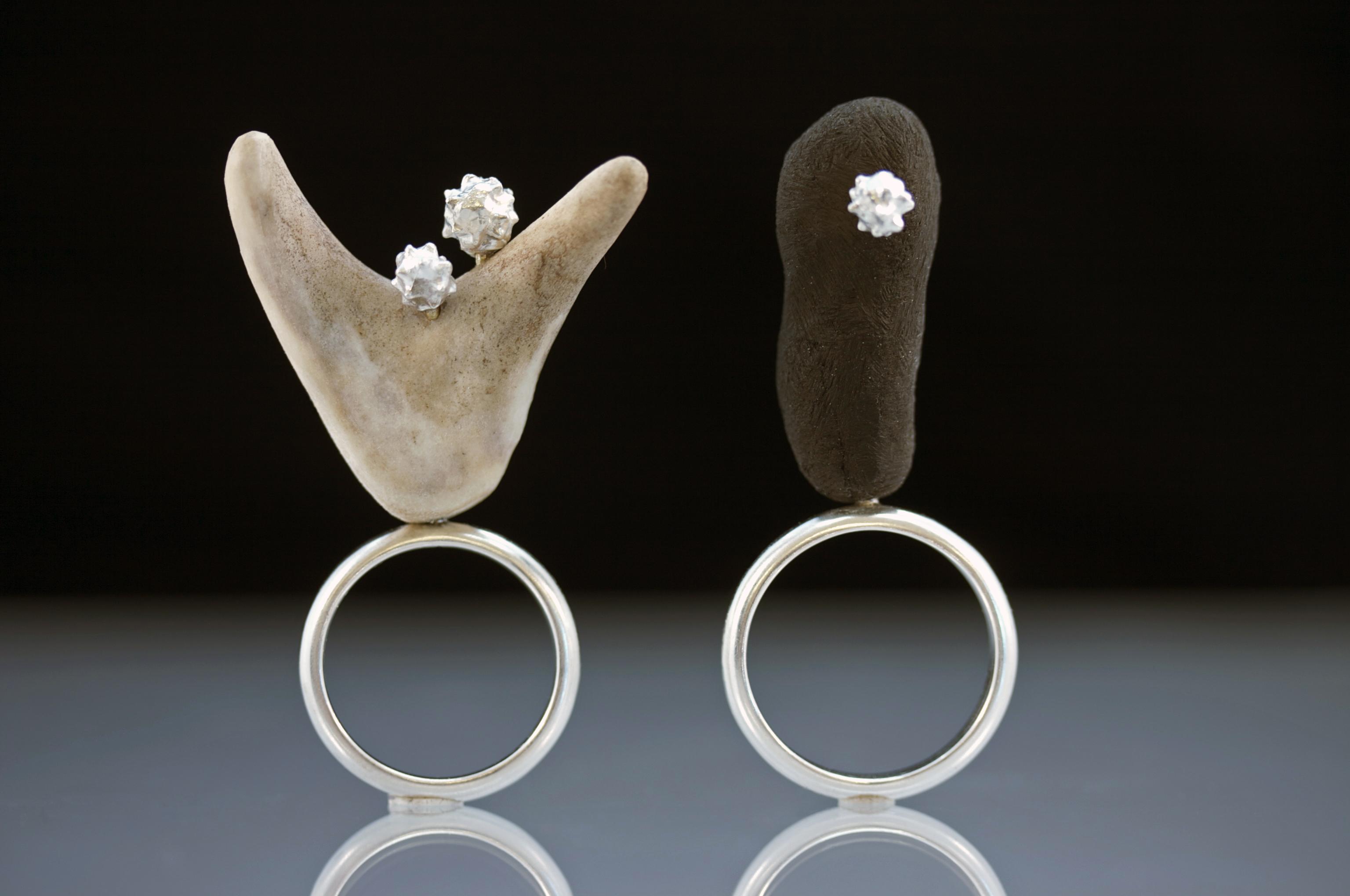 2mourning rings