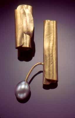 Twigs with Pearl-Earrings