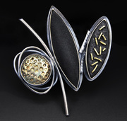 Black & Gold Series, 3 Element Brooch