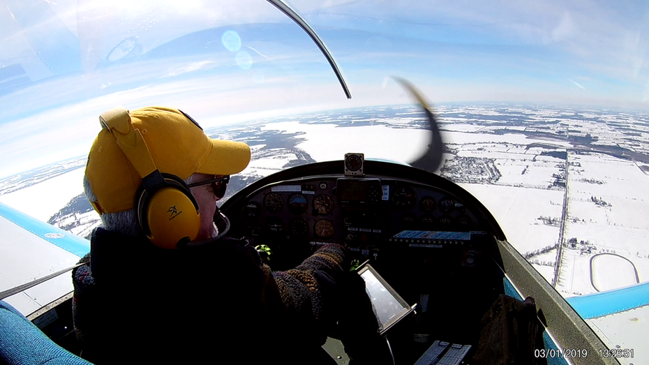 Clear & Sunny Love Winter Flying