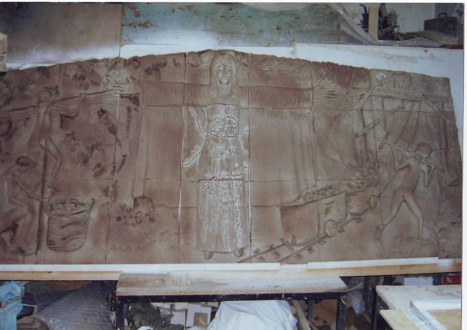 Pannello in Ceramica. Santa Barbara a Protezione dei Minatori. dim.cm.240x125