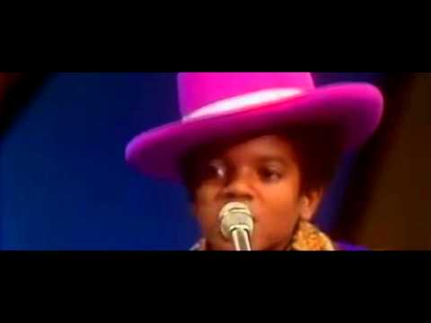 Michael Jackson - Who's Loving You With The Jackson 5(11 Year Old Michael)