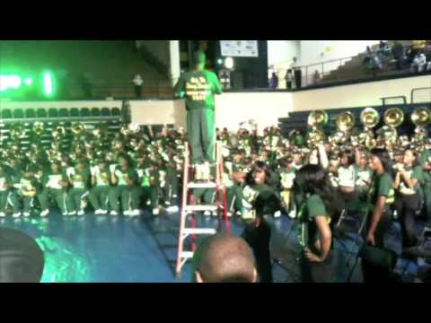 NSU vs NC A&T Band Brawl 09 Spirit Mix