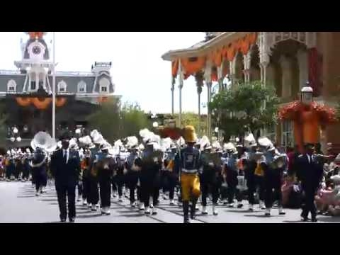 Deleware And Southern In Disney Parade 2010