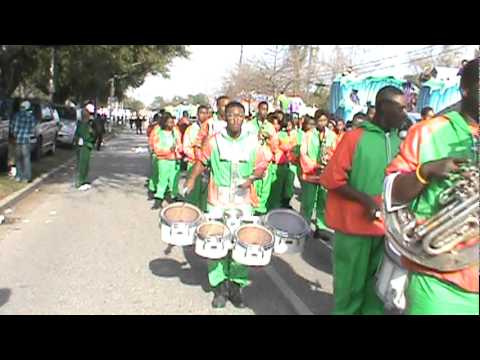 "LHS Mighty Marching Rattlers 2011 Mardi Gras - ""400 Degreez/James Bond Theme"""