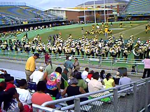 NSU Spartan Legion Pass In Review Homecoming 2009