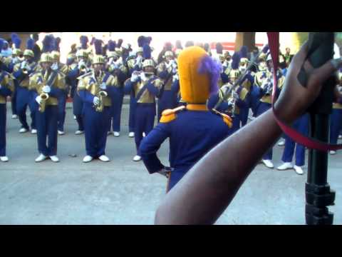St. Aug vs Walker Bayou Classic Thanksgiving Parade 2011